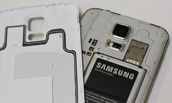 pin-tren-Samsung-galaxy-s5-g900h-cong-ty