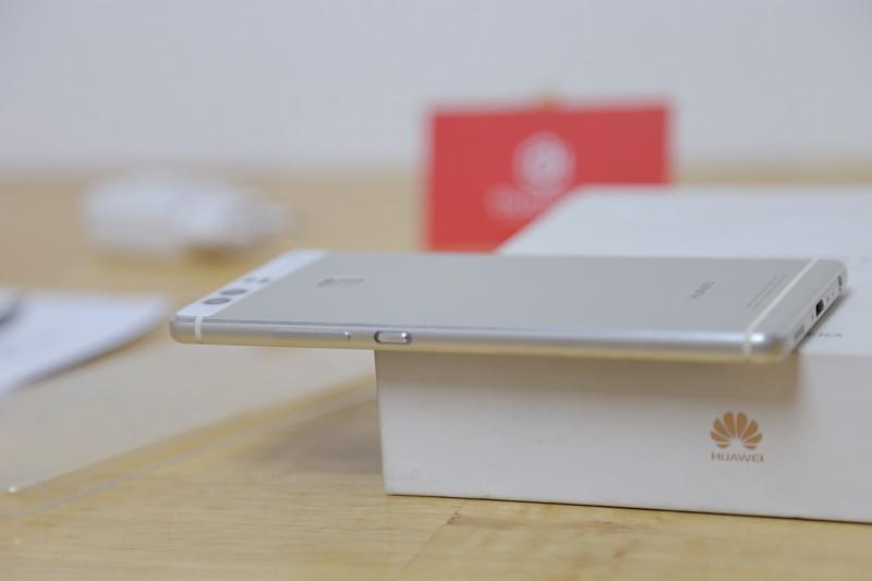 huawei p9 mở hộp thiết kế cạnh phải