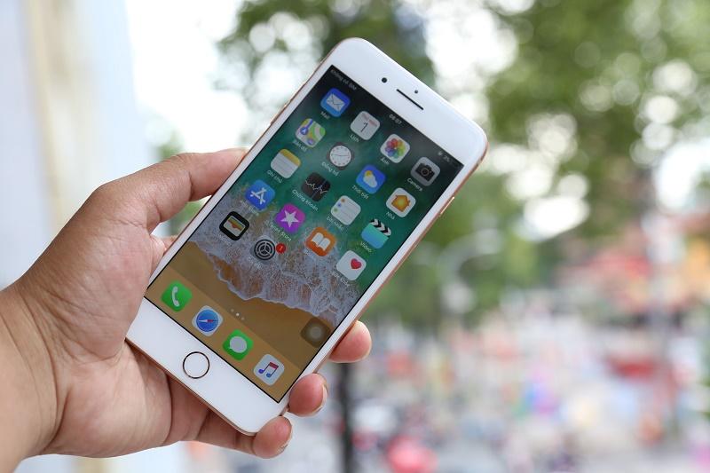 iphone 8 plus màn hình