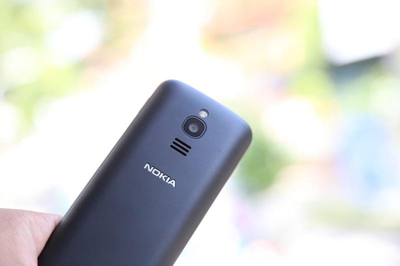nokia 8110 4g camera