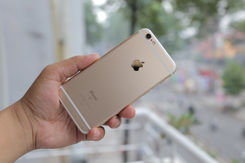 so sánh nokia x6, iphone 6s thiết kế