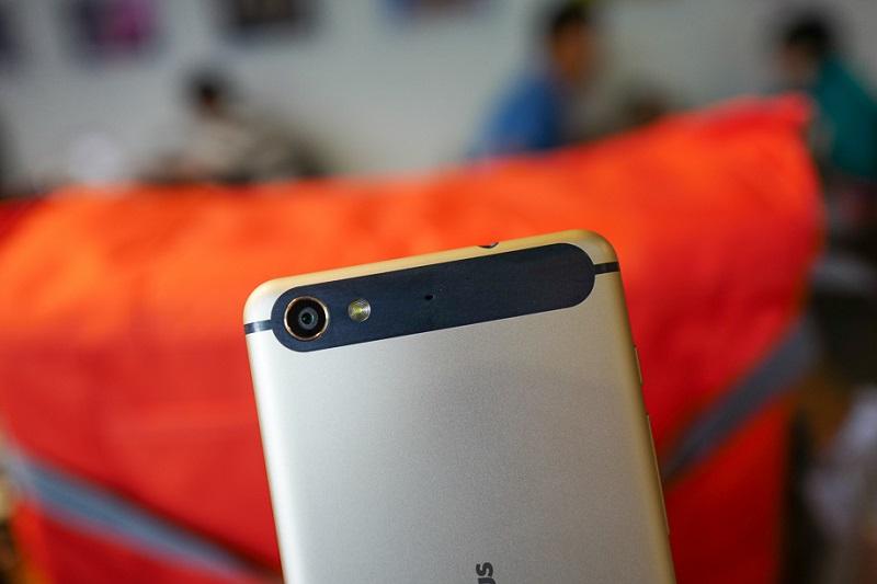 top 4 smartphone 2 triệu infocus m560 camera