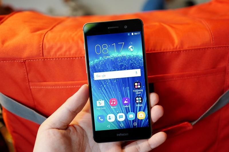 top 4 smartphone 2 triệu infocus m560 máy
