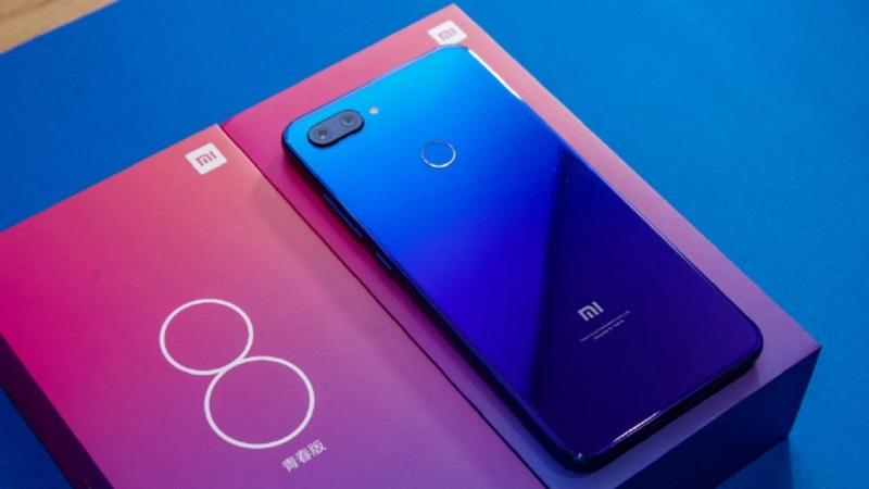 Đánh giá thiết kế Xiaomi Mi 8 Lite