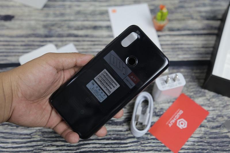 Xiaomi Mi8 cấu hình