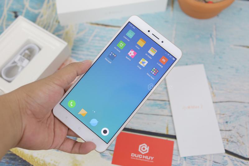Xiaomi Mi Max 2 đánh giá màn hình