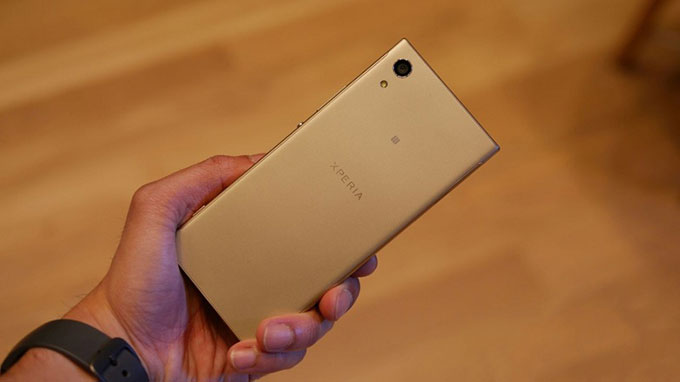 mua Sony Xperia XA1 công ty