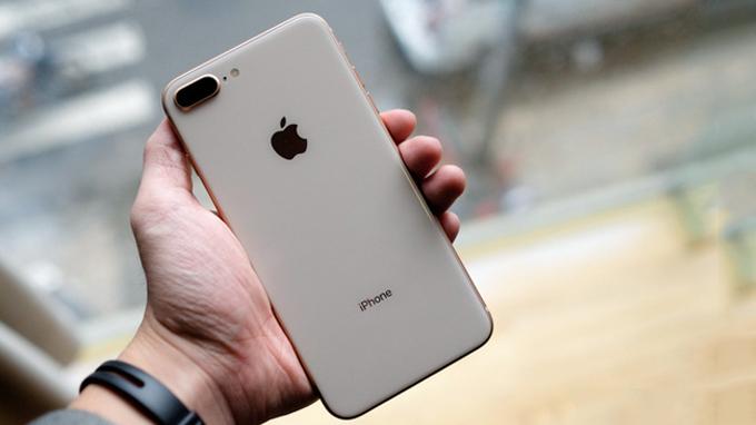 danh-gia-iphone-8-plus-64gb-cu-like-new-duchuymobile