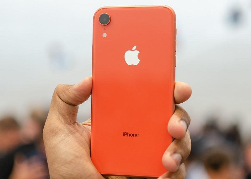Đánh giá thiết kế iPhone XR 128GB