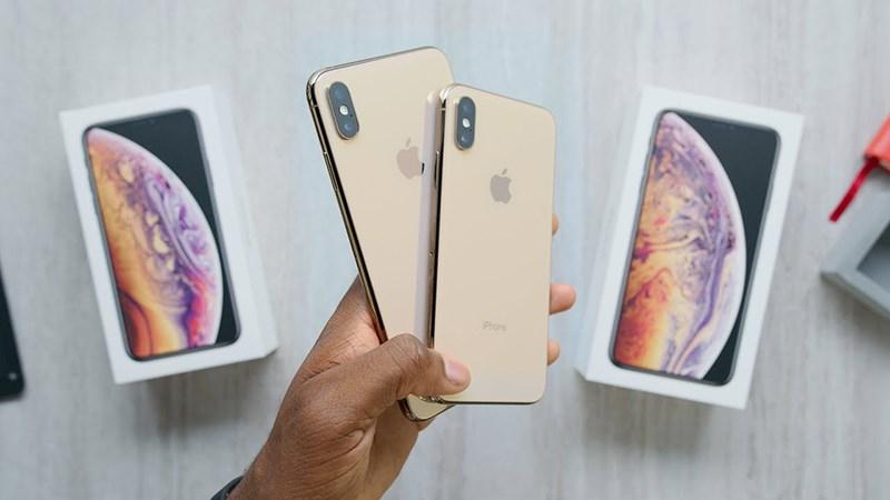 Đập hộp iPhone Xs Max bản thương mại đầu tiên...