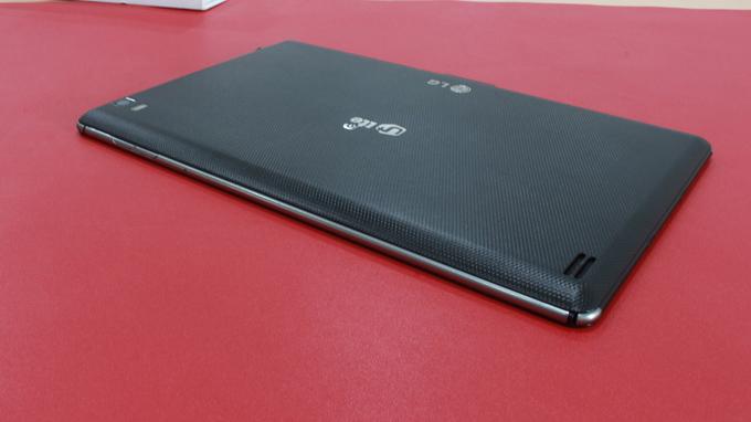 lg-optimus-pad-lte-lu8300-danh-gia