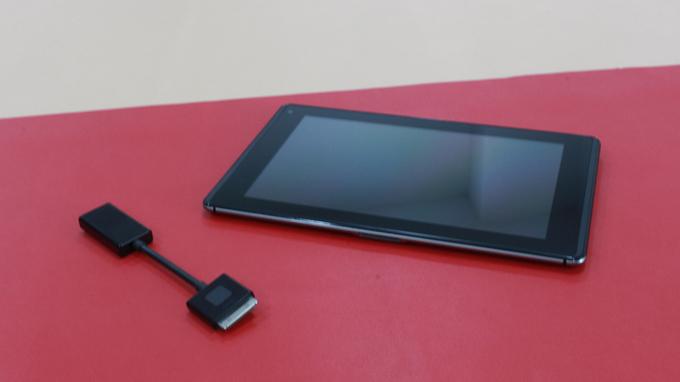 lg-optimus-pad-lte-lu8300-man-hinh