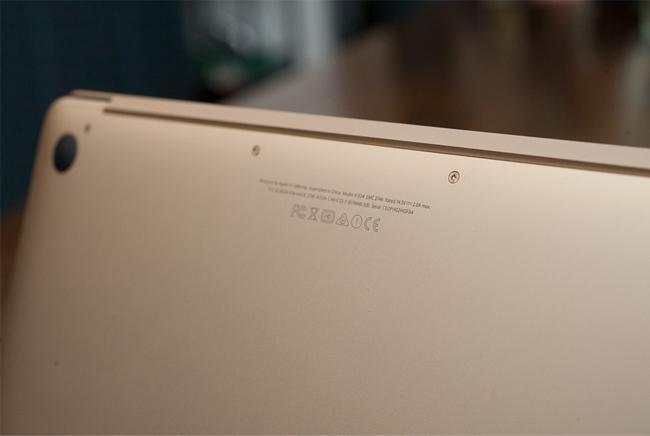 the-new-macbook-11ghz-mk4m2-gold-tren-tay-danh-gia-9