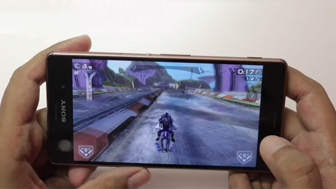sony-xperia-z3-au-hoi-ngo-top-smartphone-duoi-4-trieu-dong