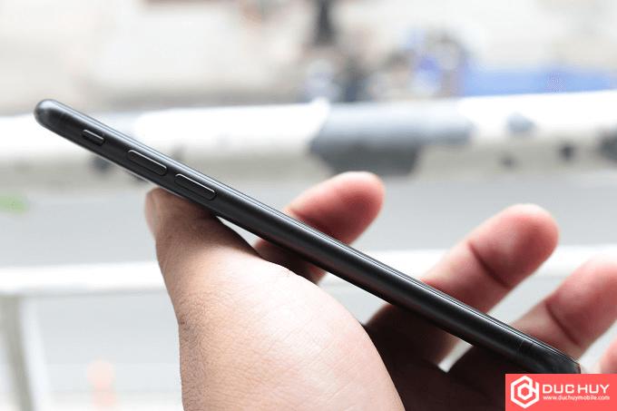 Canh-trai-iPhone-7-Duchuymobile