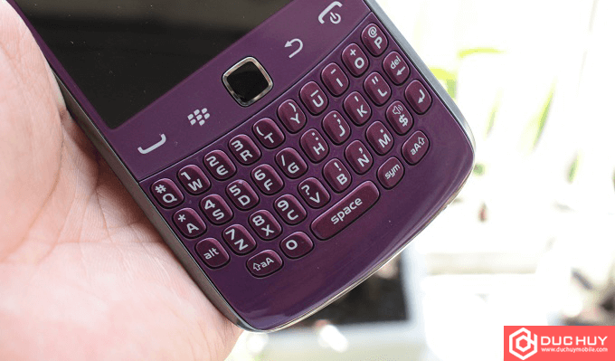 ban-phim-blackberry-curve-9360-gia-re-duchuymobile