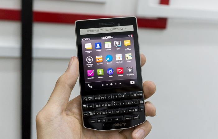 blackberry-porsche-design-p9983-bat-ngo-giam-50-gia-ban-duchuymobilecom-1