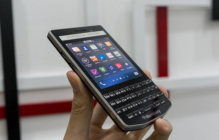 blackberry-porsche-design-p9983-bat-ngo-giam-50-gia-ban-duchuymobilecom-6