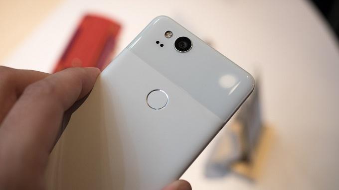cam-bien-van-tay-google-pixel-2-duchuymobile