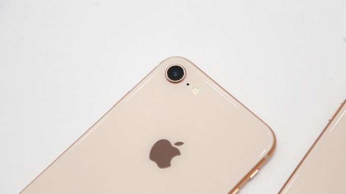 camera-iphone-8-64gb-cu-duchuymobile