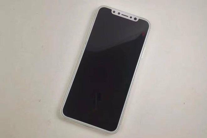 Mặt trước iPhone 8