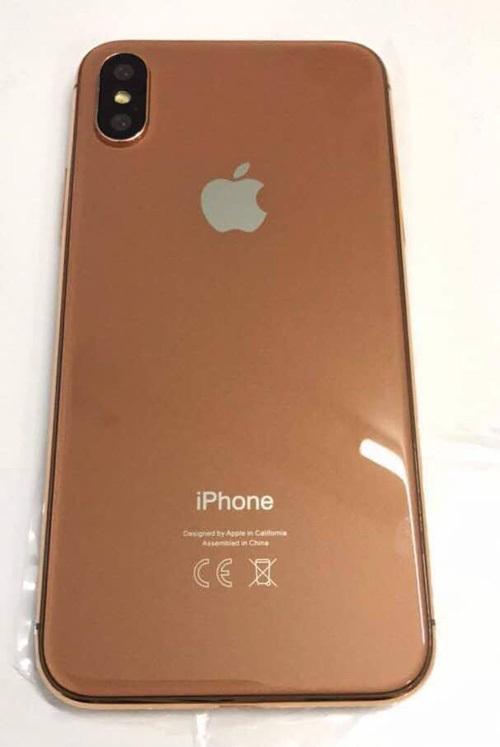 Cận cảnh một mô hình iPhone 8