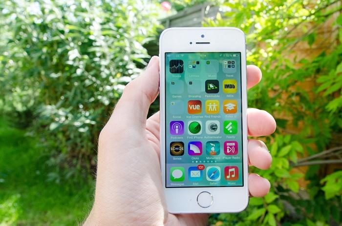 iphone-5s-quoc-te-gia-3-trieu-de-bep-doi-thu-cung-phan-khuc-duchuymobile-1