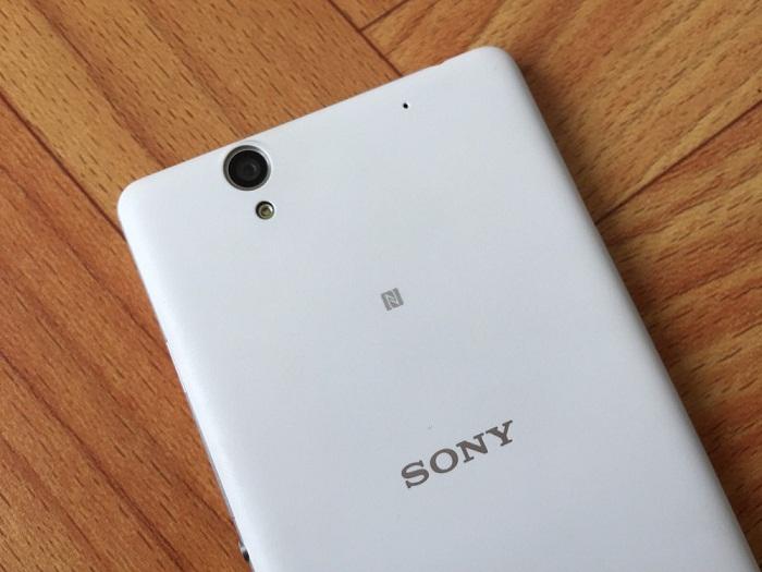 Camera sau Sony Xperia C4 Dual
