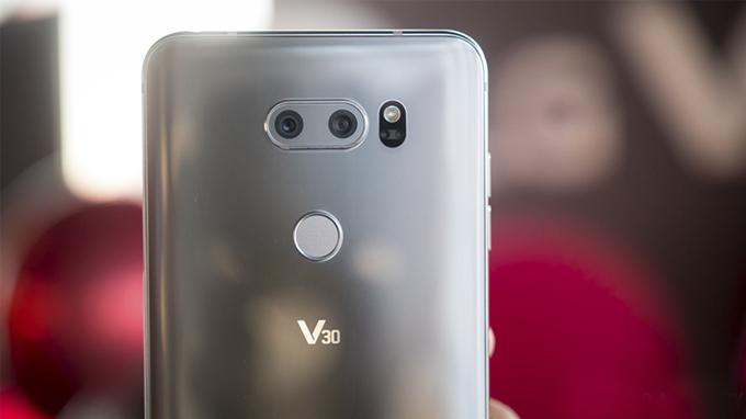 lg-v30-top-5-smartphone-cao-cap-duchuymobile