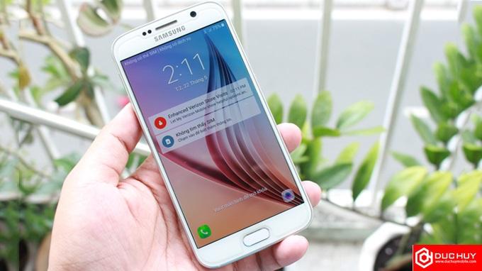 Nên mua Samsung Galaxy S6 hay Sony Xperia XA Ultra? - 203120