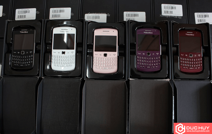mau-blackberry-curve-9360-gia-re-duchuymobile