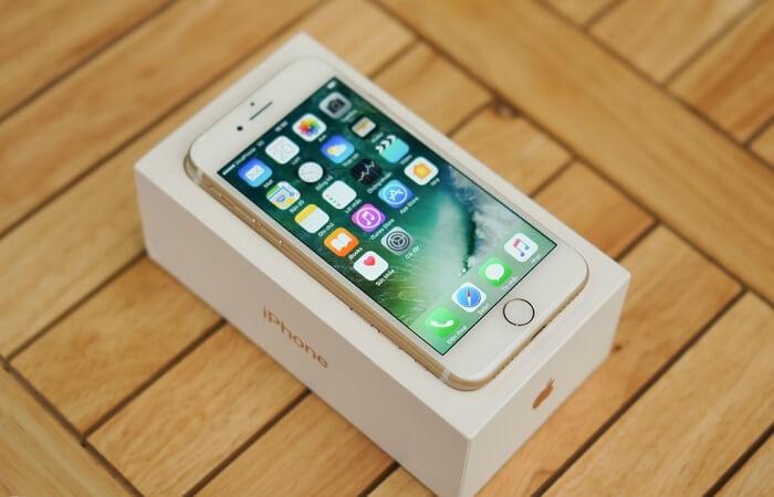 mo-hop-iphone-7-lock-va-quoc-te-duchuymobilecom