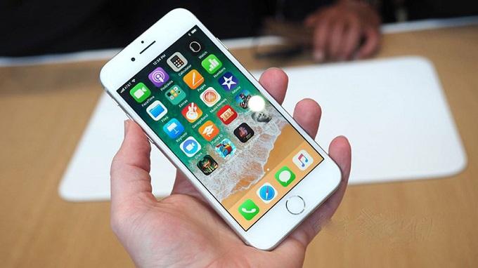 mua-iphone-8-lock-nhat-my-duchuymobile