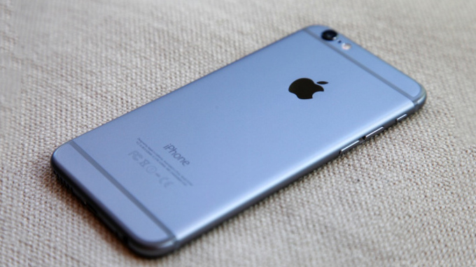 so-sanh-samsung-galaxy-note-5-va-iphone-6e-smartphone-nao-dang-mua-duchuymobile
