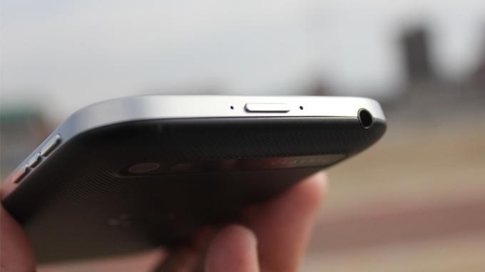 thiet-ke-blackberry-q20-duchuymobile
