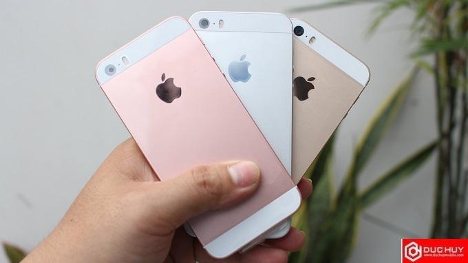 thiet-ke-mat-lung-iphone-se-16gb-troi-bao-hanh-duchuymobile