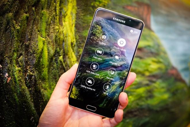 top-4-smartphone-man-hinh-to-nhu-tablet-cau-hinh-tot-dang-mua-duchuymobile-4