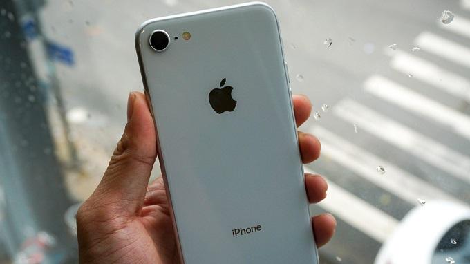 tren-tay-iphone-8-64gb-cu-duchuymobile