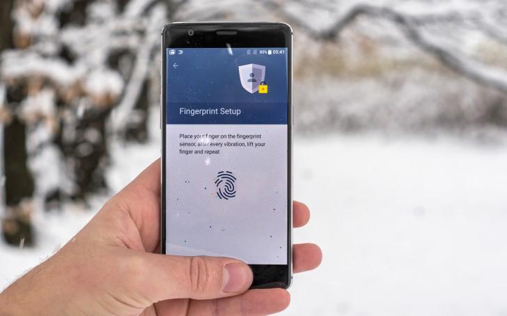 top-3-smartphone-lus-si-ram-6gb-gia-hap-dan-tai-viet-nam-duchuymobile-5
