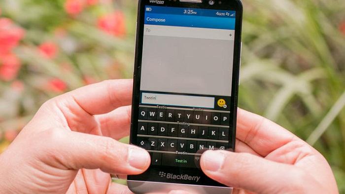 giá blackberry z30