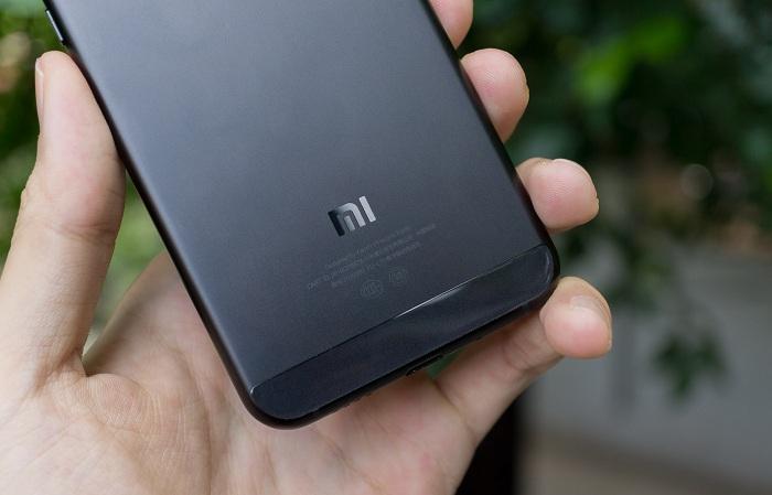 Mua trả góp Xiaomi Mi 5C b