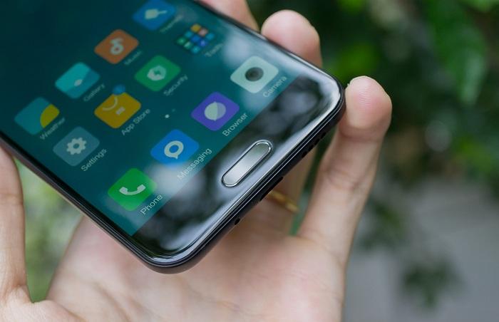 Mua trả góp Xiaomi Mi 5C d