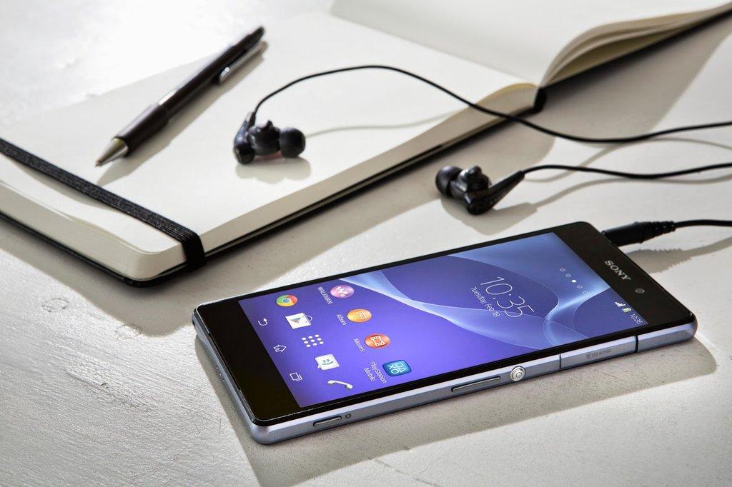Thiết kế Sony Xperia Z4 Au Nhật