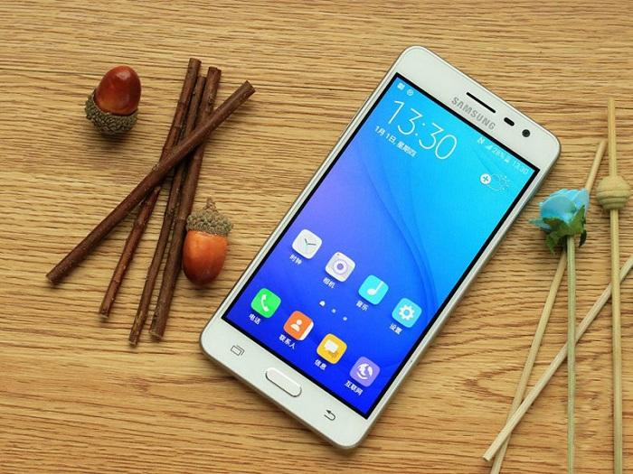 Bộ đôi smartphone thiết kế sang chảnh, RAM lớn giá tầm 2 triệu