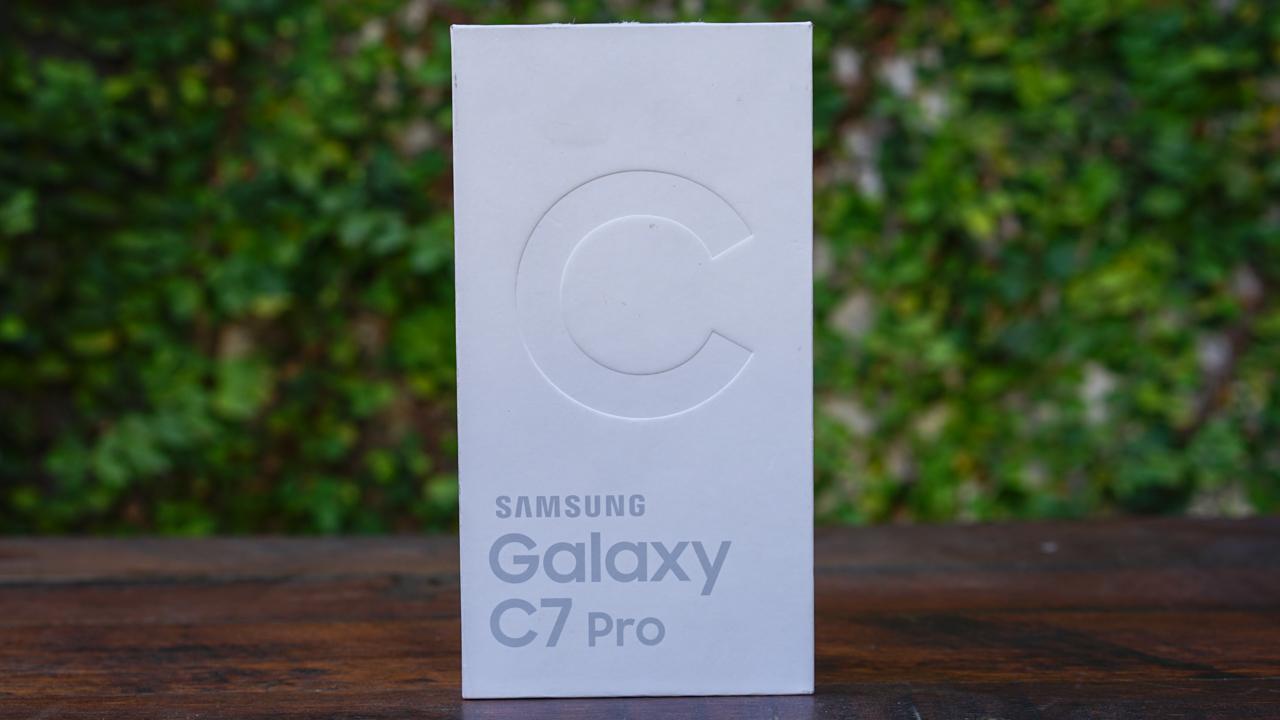dap-hop-samsung-galaxy-c7-pro-gia-89-trieu-tai-duchuymobilecom-3