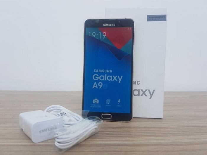 Samsung Galaxy RAM lớn 5