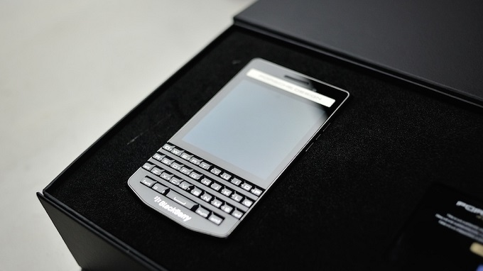 gia-blackberry-porsche-design-p9983-duchuymobile