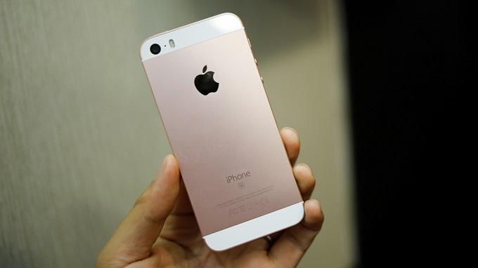iphone-se-16gb-troi-bao-hanh-gia-bao-nhieu-duchuymobile