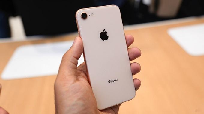 mua-iphone-8-lock-xach-tay-nhat-my-cu-moi-duchuymobile