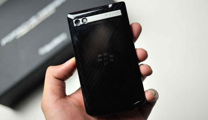 thiet-ke-blackberry-porsche-design-p9983-duchuymobile